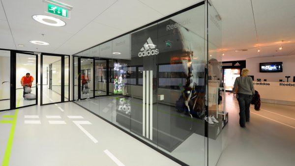 Adidas Interieur 03 - Hollandse Nieuwe